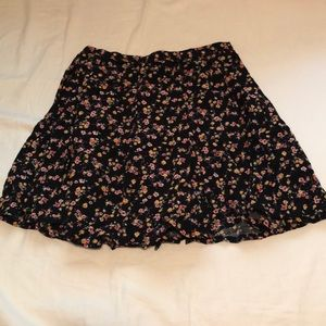 🍉NWT floral skirt